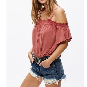 NWT Free People Cold Shoulder Distressed T…